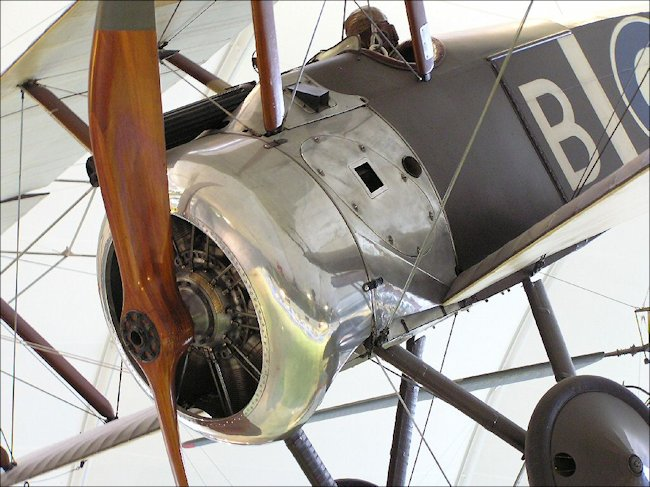 aircraft-ww1-sopwith-camel-fighter-biplane